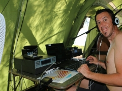 F4HAU working SSB